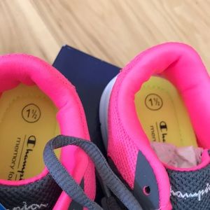 Champion Shoes - Champion Guston grey and pink.